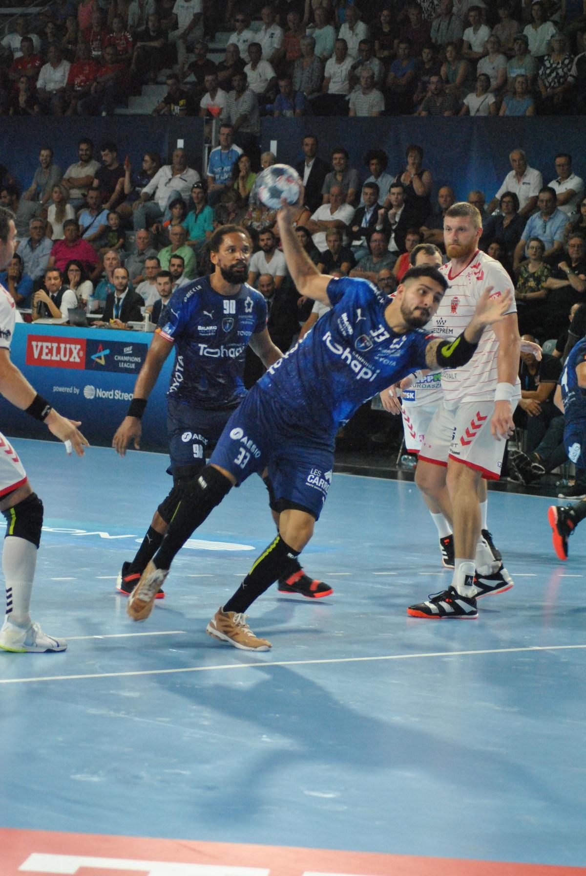 retour en images : Match MHB-Veszprem